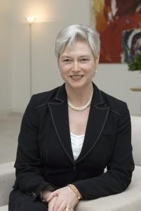 Maria Van der Hoeven IEA
